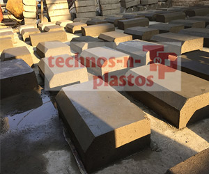 frp-moulds-for-kerb-stone1